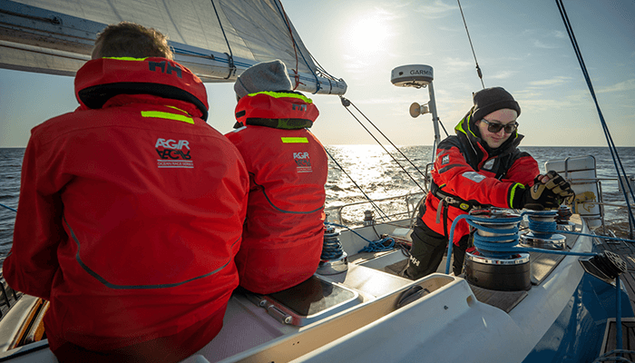 Segelrebellen-chasing freedom on a sailboat